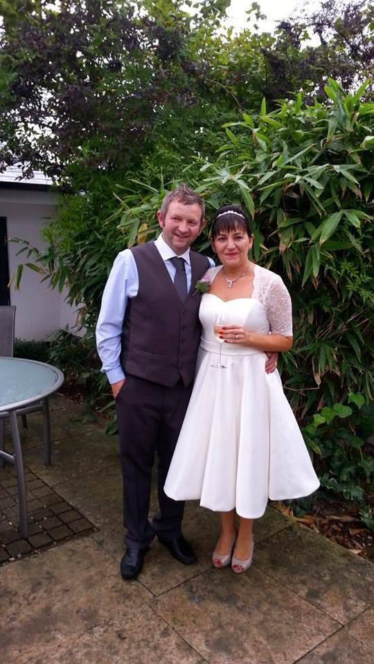 Swing style handmade ivory wedding gown